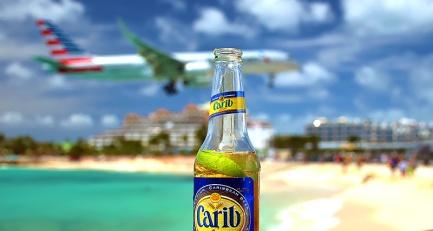 Plane landings at Maho Beach